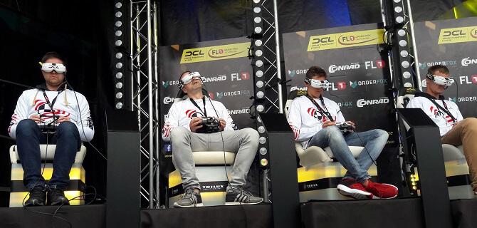 tým Rotorama při závodech dronů v lichtenštejnském Vaduzu
