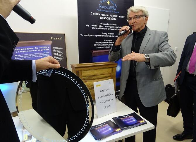 Tisková konference: Česko je nano a představení nanočističky od firmy Nanoaircleaner