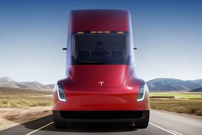 Tesla Semi zepředu
