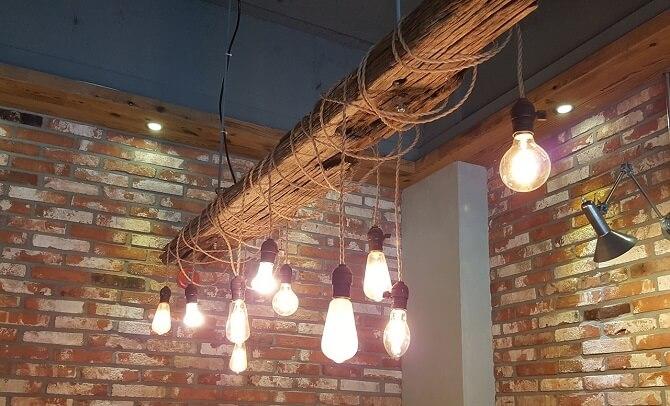 žárovky, nejslavnější vynález Thomase Alvy Edisona