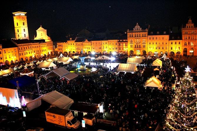 Vánoční výzdoba a osvětlení v Českých Budějovicích