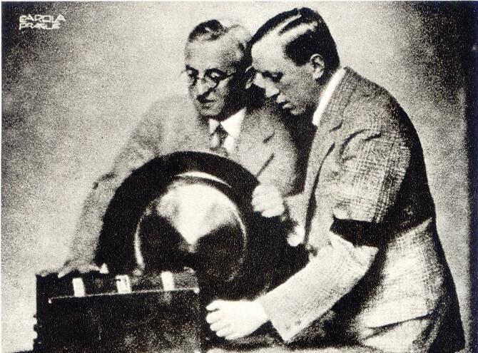 bratři Karel Čapek a Josef Čapek