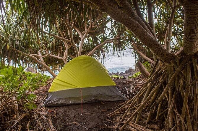 stan na havajské pláži