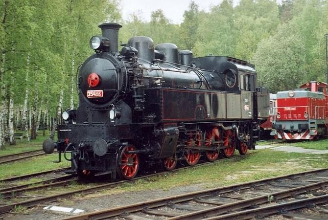 Lokomotiva 354.1 zvaná Všudybylka