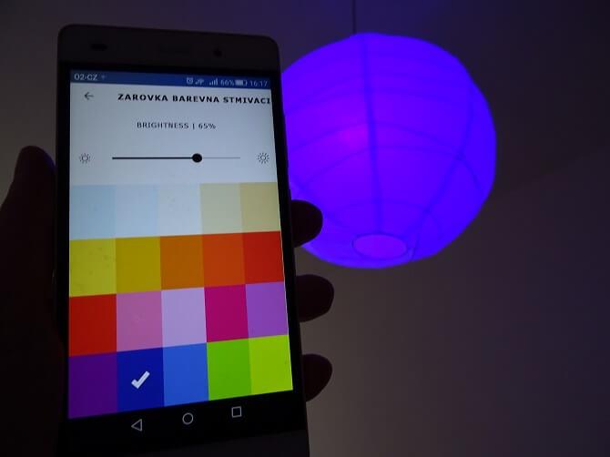 Mobilní aplikace IKEA Trådfri a barvy