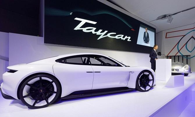 představení Porsche Taycan