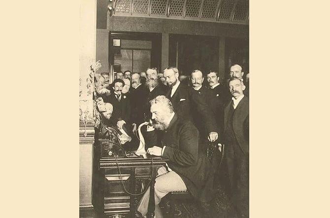 první telefonický hovor mezi New Yorkem a Chicagem