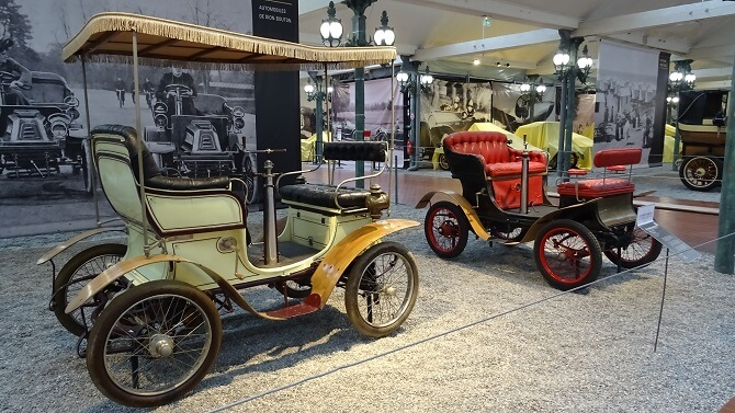Legeandární automobily s rozestavěním sedadel vis-à-vis