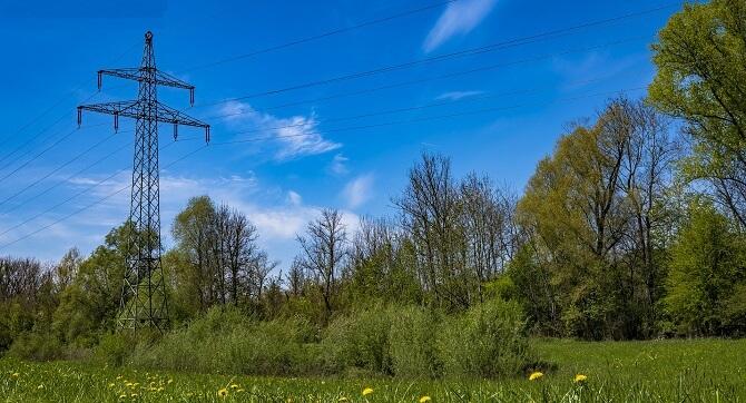 K porovnání výhodné ceny elektřiny je dobré prozkoumat nabídky z celého trhu.