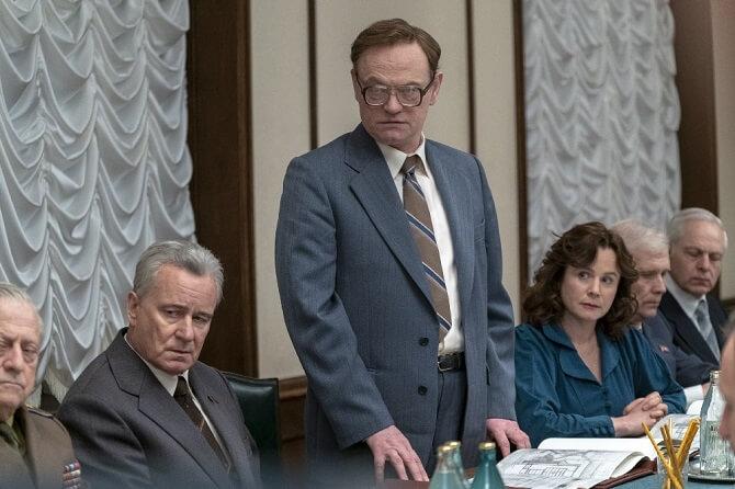 Jared Harris ztvárnil Valerije Legasova v populární minisérii Černobyl.