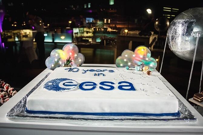 narozeninový dort ESA na Czech Space Week 2018
