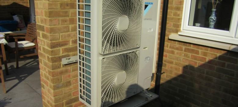 Tepelné čerpadlo  u domu