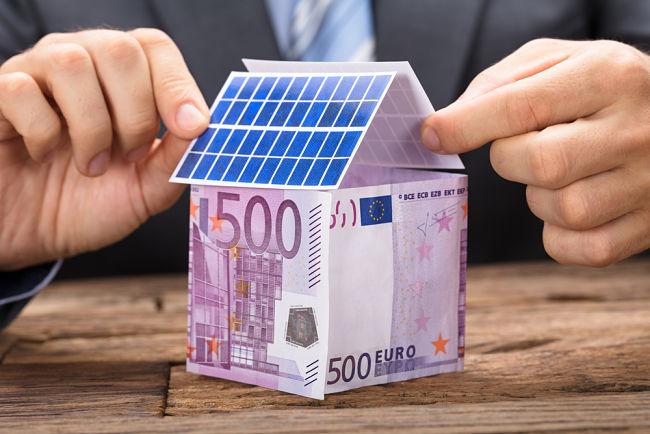 Z dotací na solární panely se stal miliardový byznys.
