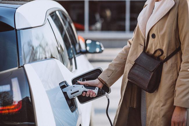 Problémy elektromobilů: nízká kapacita baterie