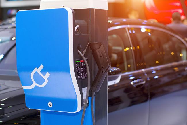 Problémy elektromobilů: Jsou emise doopravdy nulové?