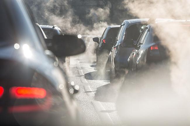 Emise produkované vozidly se musí rapidně snížit