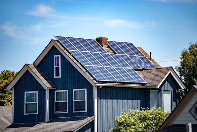 Pořízení fotovoltaiky na rodinný dům.