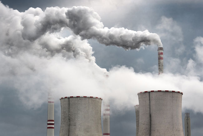 Komíny elektrárny Počerady