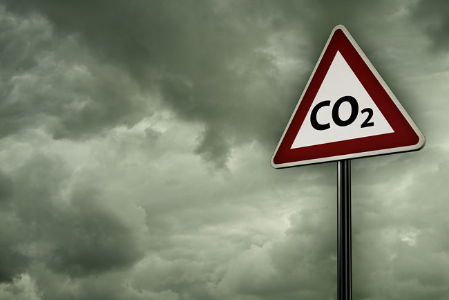 Emisní povolenka umožňuje vypouštět skleníkové plyny do ovzduší