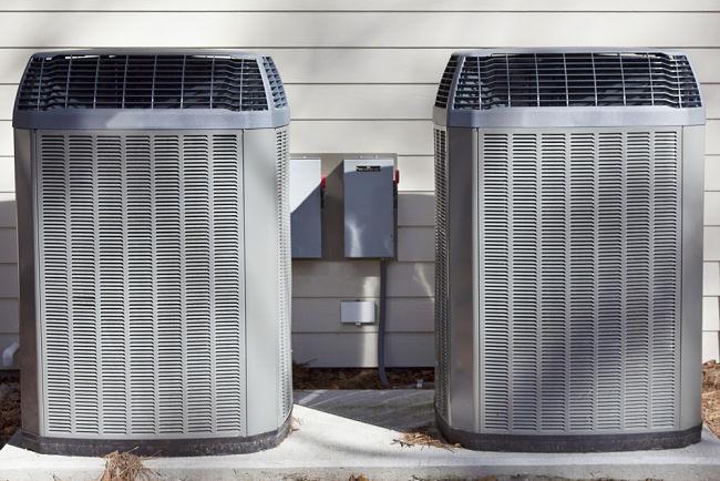 Tepelná čerpadla u staršího domu.