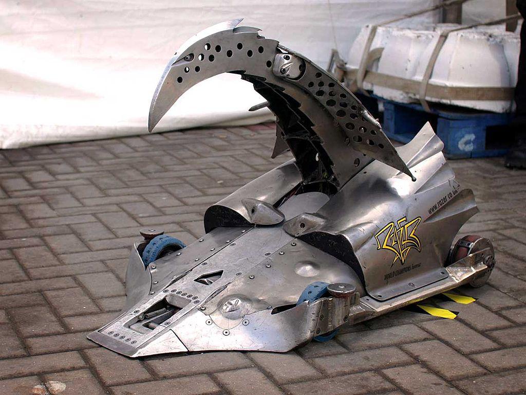 Kovová obluda bojový robot