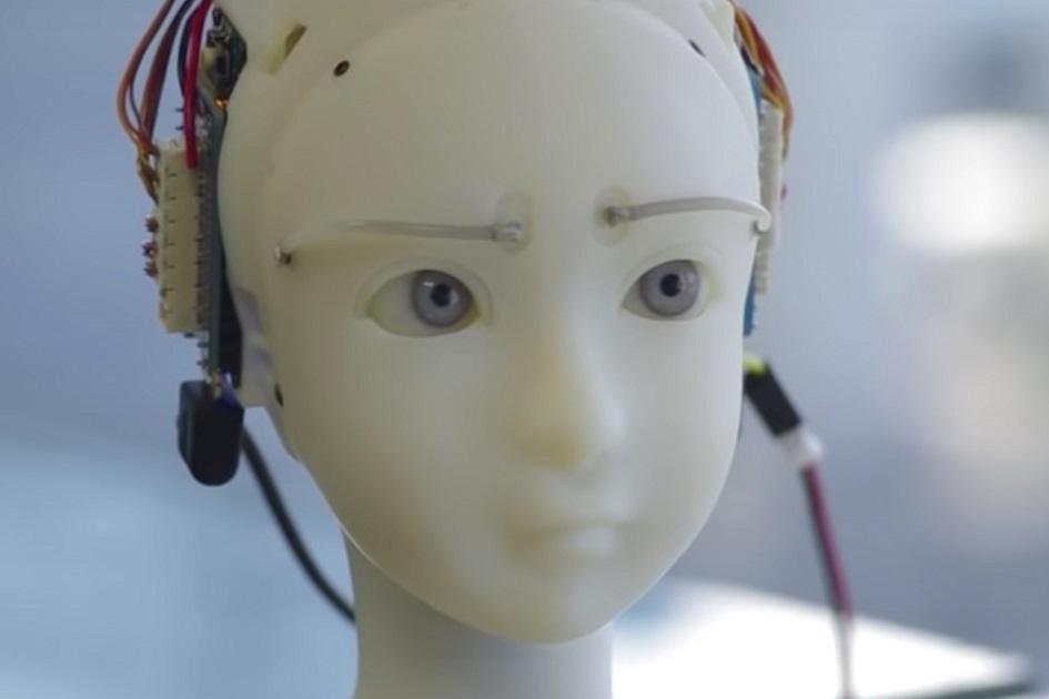 Znepokojivě emotivní robot