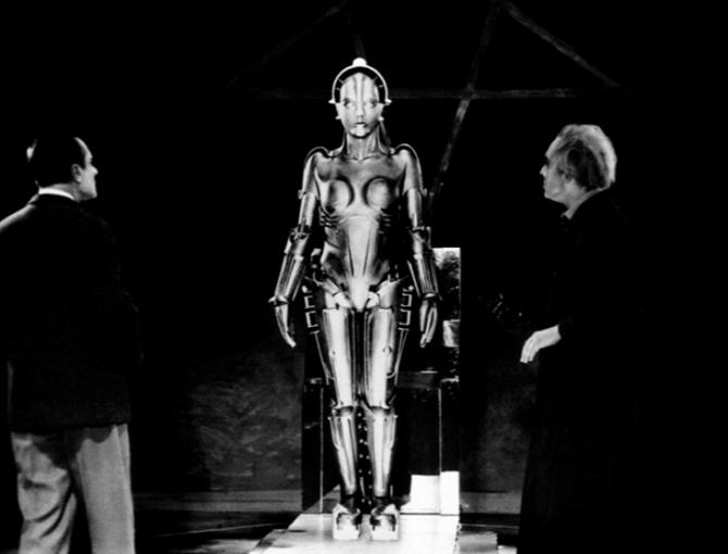 Robotka ve filmu Metropolis.