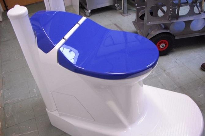 Nanotechnologická toaleta.